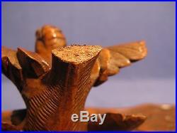 Ancien coffret à bijoux en bois sculpté forêt noire en noyer époque XIX siècle
