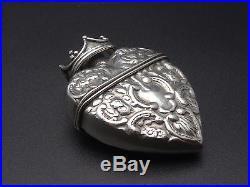 Ancien pendentif boite reliquaire coeur couronné en argent massif XIXeme