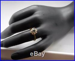 Ancienne Bague en or 18 carats sertie d'un saphir et diamants