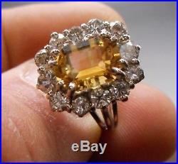 Ancienne Bague en or blanc 18 k sertie d'une citrine et 1.70 carats de diamants