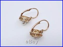 Ancienne boucles d'oreilles dormeuses en or 18k et petites perles XIXeme