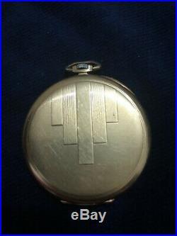 Ancienne montre gousset Oméga OR massif 18 Carats Poinçon tête d'aigle 60 gr