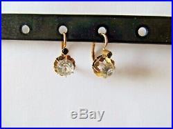 Anciennes boucles doreilles dormeuses or rose 18 carats et pierres blanches