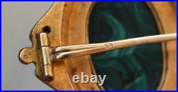 BROCHE ANCIENNE OR 18 K ET CAMÉE DE MALACHITE XIXème siècle poinçon tête d'aigle