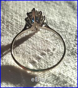 Bague Ancienne Marguerite Or Blanc 750 Saphirs Et Diamants