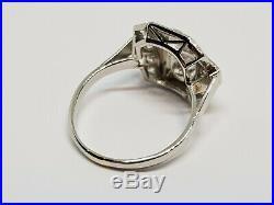 Bague ancienne Art Deco 12 Diamants 1.40 carat en Platine 950/1000 4.54 grammes