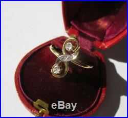 Bague ancienne Toi et Moi grand S tourbillon diamants Or 18 carats gold 750