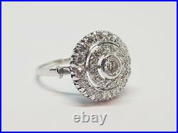 Bague ancienne en Or blanc 18 carats 30 Diamants 1.50 carat 4.11 grammes