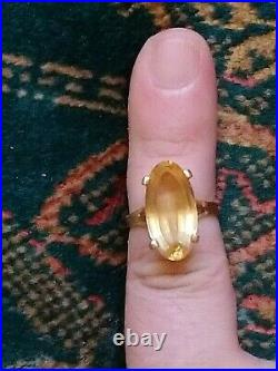 Bague ancienne en or 18 carats et sa citrine de 9 carats T 50