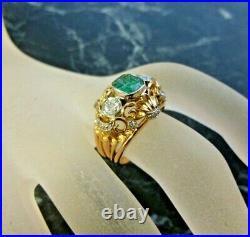 Bague ancienne fin 19Eme or 18 K diamants et emeraude tete d aigle T 53,5