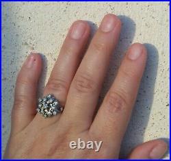Bague ancienne or gris 18 carats ornée de diamants