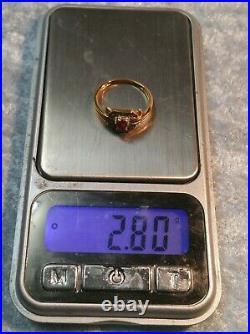 Bague ancienne or jaune 18 carats, diamants et pierre rouge (rubis)