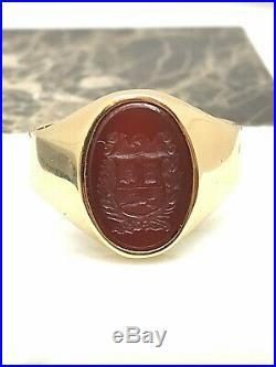 Bague or 18 carats ancienne avec blason héraldique