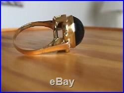 Belle BAGUE ANCIENNE or jaune 750 saphir cabochon et 2 diamants ronds