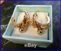 Boucles d oreilles anciennes fin 19eme or 18K serties perles poincon aigle