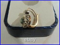 Boucles d'oreilles dormeuses anciennes or 18 carats émeraudes et diamants