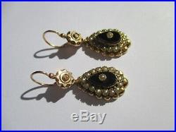 Boucles doreilles dormeuses anciennes NapIII Onyx perles Or 18 carats 750