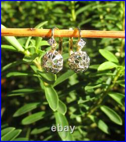 Boucles doreilles dormeuses anciennes Or 18 carats French gold earrings 750
