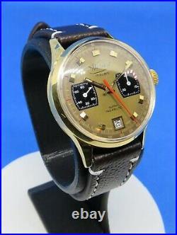 Chronographe ancien Wertex Valjoux 7734, boitier or 18K, compteur 45m