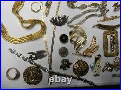Lot De 60 Bijoux Anciens Fantaisie