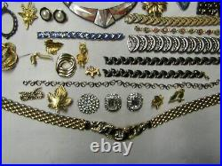 Lot de bijoux anciens fantaisies