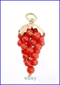 Pendentif ancien breloque grappe de raisin en or 18k et perles de corail
