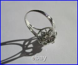 Splendide bague Marguerite ancienne fleur or blanc 18 carats platine diamants