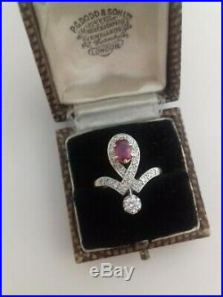Sublime bague ancienne en or diamants et rubis