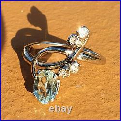 Superbe Bague Moderniste Ancienne, Or Blanc 18k, Aigue Marine & Diamants
