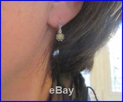 Superbes boucles doreilles dormeuses anciennes Opales saphirs Or 18 carats