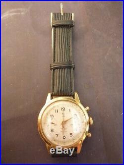 Trés Belle Et Ancienne Montre Bracelet Chronographe De Marque Yema