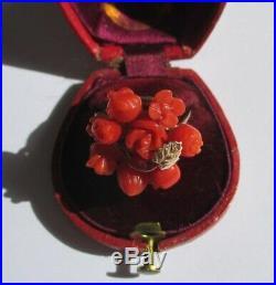 Très belle bague ancienne Corail naturel fruits fleurs Or rose 9 carats 375