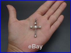 Très belle croix ancienne en argent massif et perles de culture pendentif XIXeme